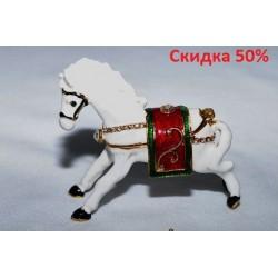 N-7645 Шкатулка металлическая конь